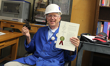 For many people, retirement is synonymous with rest and relaxation. For Dr. Benjamin de Mayo, it is anything but. The University of West Georgia emeritus professor of physics has been hard at work, first receiving a Canadian patent in 2013 and then recently adding a U.S. patent to his collection for his method of separating oil from oil sand.