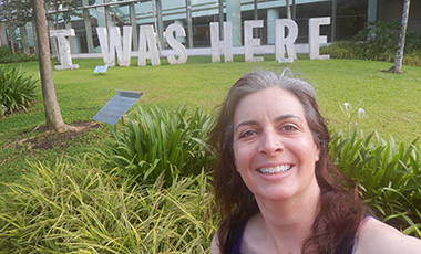In June 2015, Associate Professor and Head of Instructional Services Anne Barnhart visited Singapore with three members of the Association of College & Research Libraries (ACRL) Immersion. The small team of ACRL Immersion Faculty trained 65 librarians from the National University of Singapore, Yale-NUS College, Singapore Management University, and Nanyang Technological University.