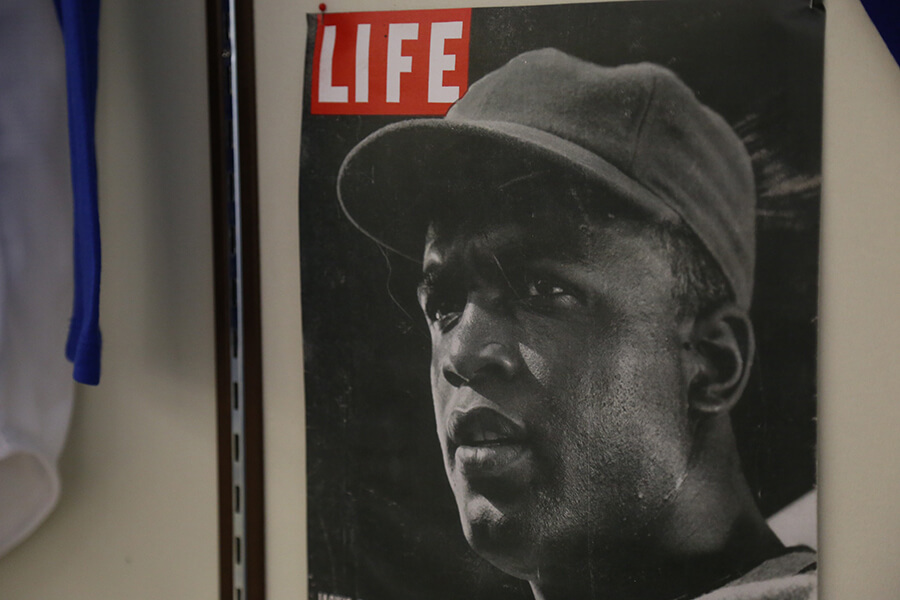 Jackie Robinson: The Life of a Legend