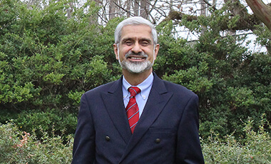 University of West Georgia Regents' Professor of Marketing Dr. Beheruz N. Sethna has recently hit a milestone in his teaching career: more than 100 of his students have had research papers accepted to national undergraduate research conferences. He has been working on this milestone for more than 14 years, since his first three students were accepted to a national conference in 2003.
