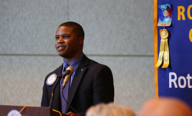 UWG alumnus Matthew Thomas has proven that there is no set path, age or time for making your mark. At 26 years old, Thomas made history after being named the youngest Rotary Club president of Canton, Ga. while working as the city's economic development manager. From helping local businesses prosper to providing more services to his community, he is the real deal, and he's excited to share a few tips with current UWG students.