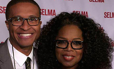 Recent University of West Georgia graduate Darryl Forges had the experience of a lifetime when he got to take a selfie with the queen of talk show herself, Oprah Winfrey.  Darryl graduated from UWG in spring of 2014 with a B.S. in mass communications with a concentration in convergence journalism.