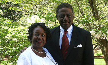 Fred '82 '85 '88 and Lillian O'Neal '86 are powerhouses in the local community, serving on the boards of multiple civic organizations and volunteering their time to better the lives of others. Fred has grown a successful career in Carrollton as a financial advisor the past 28 years while also contributing to UWG boards and committees.