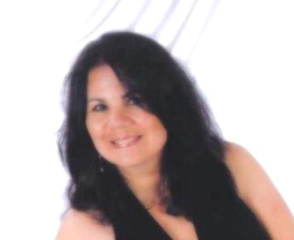 Photo of Elizabeth Solis